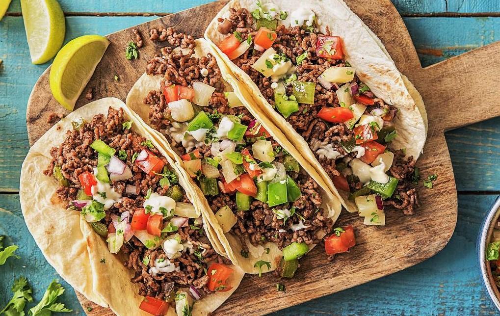 تاکو مکزیکی با گوشت چرخکرده